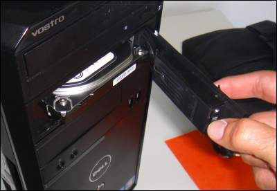 Installer un rack pour son disque dur Rack_disque_dur_19
